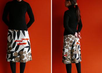 お気に入りの生地を見つけたら、同じ生地でスカートも作ることができます◎ こちらはAラインスカート。サイズと丈をセレクトすることができますよ☆