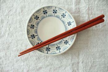 木の実をモチーフにしたかわいらしい取り皿。 とても軽く、食卓に運ぶときや洗いもののときにも扱いやすいのが特徴です。