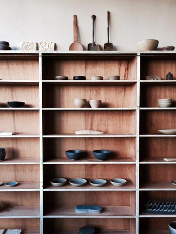 SŌKの作品は手作り市などでも触れることができますが、じっくりと世界に浸かりたい方はぜひ店舗に足を運んでみてください。