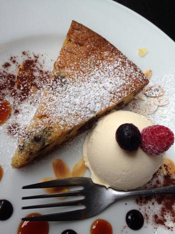 ケーキやドリンクもひとつひとつおしゃれで可愛いく、その上とっても美味しいですよ。