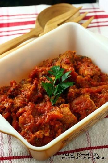 トマトの酸味と豚肉のコクでさらにおいしく。
