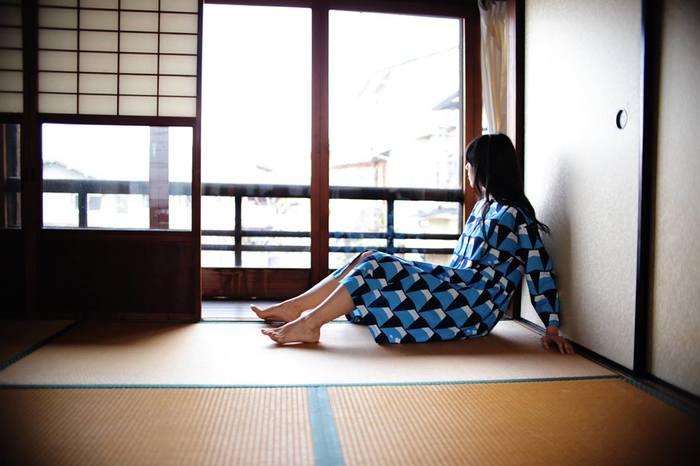 日本誇る世界遺産「富士山」のテキスタイルのワンピースは、レトロで新しい、チャーミングなデザイン。