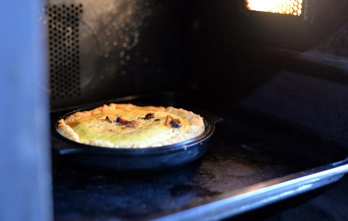 こちらはグラノーラキッシュ。ブログにはWEEKENDERで作れるレシピがたくさん紹介されています。レシピを参考に自分でアレンジしたりと色々作って楽しみましょう。キッシュはオーブンが必要ですが、ピクニックなどに持って出かけるのにも良いですよね☆家で仕込むお料理も作ることができて、外でその場で調理もできるなんて一石二鳥◎