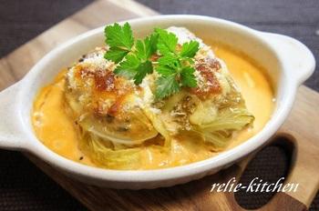 マスカルポーネチーズを使ったトマトクリームソースが美味なロールキャベツ。ソースはそのままパスタに絡めても美味しそう…!