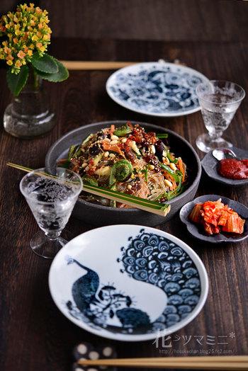 ワンプレート料理やおつまみ料理が多いのですが、こういうのならパーティにもよさそう。せっかく素敵なテーブルだから、お友達もたくさん呼んでみたくなりますよね。