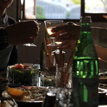 お昼にAYEで乾杯!