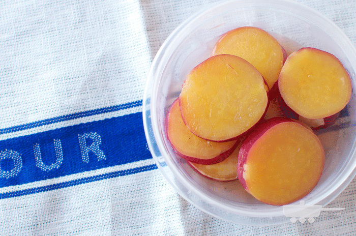 とっても簡単に作れて、抜群に日持ちする便利なおかず。レモンが香る、爽やかなあっさり味です。  ■保存期間:冷蔵で10日