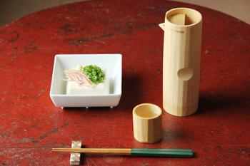 白竹真竹酒器とぐい呑み。このセットは父の日のプレゼントにとても喜ばれそう。