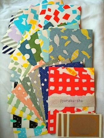 もちろん、便せんサイズの紙や封筒、ポチ袋ももたくさんあります!! いろいろな柄を楽しみたい人には、たまりませんね!