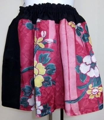 長さが絶妙な、フレアスカート。ぽっぽばあちゃんのデザイン性が光っていますね。