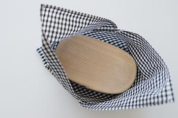 出来上がりはこんな感じです♪お箸なども入れる事を考えて、少しゆとりをもったサイズで作られることをおすすめします。