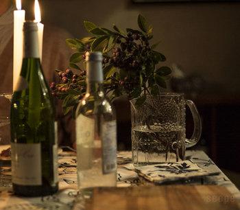 ワインパーティーのムードを高めるのもよし。特別感がありながらも、気負わず日常使いできるのは、さすがイッタラブランドです。