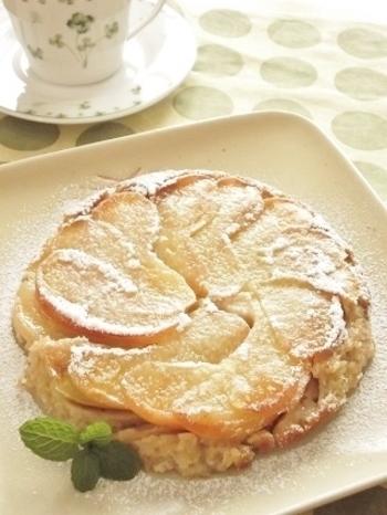 フライパン1つで簡単にできるおからケーキ。 りんごの水分で蒸し焼きにするのでしっとりもっちりな仕上がりに♪ シナモンが入っているのでおからの独特なにおいもしません。