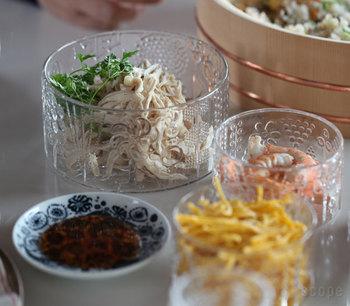手巻き寿司やお素麺の具材を乗せて普段使い。