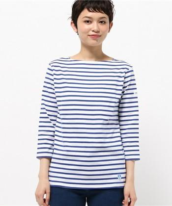 オーシバルと言えば、ボートネックにボーダー柄の厚手のコットン生地、ブルーのミツバチのエンブレムがついたバスクシャツのブランドとして一般的に知られていますが…
