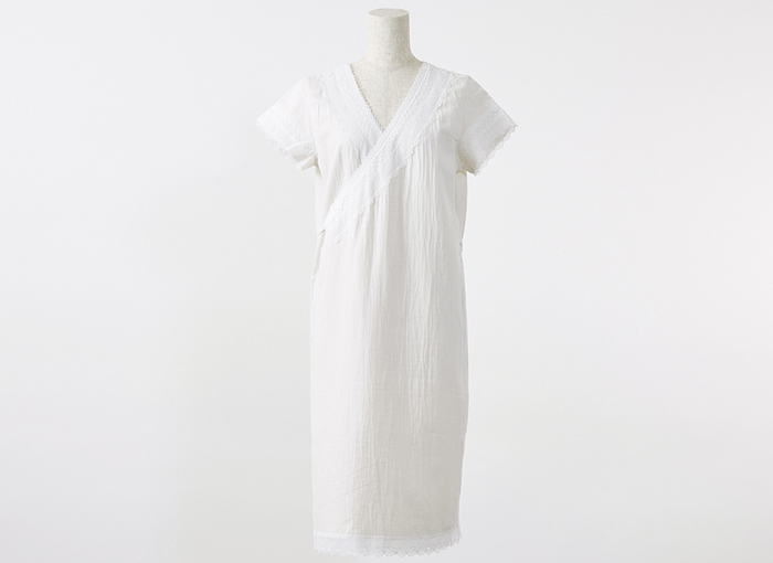 この季節の湯上がりは、なかなか汗が引いてくれず、すぐにパジャマを着たくないですよね。そんな方にお勧めしたいのが、こちらのオーガニックコットン100%の湯上がりワンピース。
