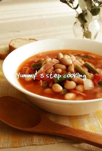 美肌や美髪に欠かせない大豆が盛りだくさんの満腹スープ! ノンオイルなのでヘルシーかつ、さらっと飲めて、夏にぴったりです。