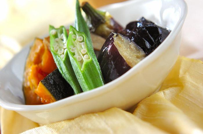作り方をきちんと覚えておきたい、和食の定番「揚げびたし」。オクラやカボチャも添えて彩り鮮やかに。