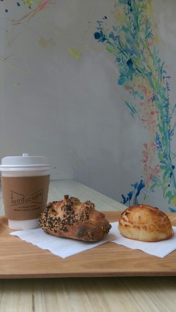 パンとコーヒーは最高の組み合わせ。選んだパンにどんなコーヒーを合わせるか考えるのも、また楽しそう。