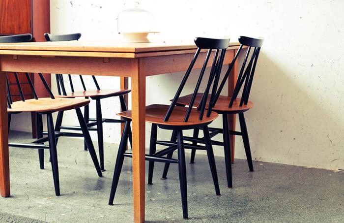 「haluta」がデンマークに設立した「haluta Aps」という会社は、北欧諸国にある40年代~70年代の家具の収集と、その当時のデザインで今は収集が困難になったアイテムの生産を行っています。北欧諸国で1940年以降から使われていた家具が、現代の日本の生活環境に良い影響を与え、次世代の生活環境にまで引継がれる事を願い、設立されました。