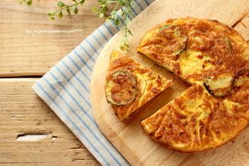 基本の具材に季節の具材ズッキーニを加えるだけの基本のレシピです!