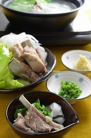 食欲がないときにも食べられる、あっさりとしたスペアリブの鍋。圧力鍋を使うので、時短・簡単です。スペアリブを和風で味わいたいときにおすすめの料理です。