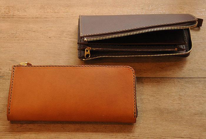 イタリアンレザーのミネルバリスシというスムースレザーを使ったファスナー長財布。