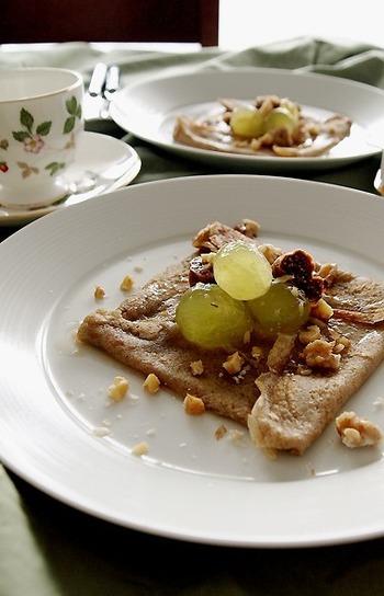 市販のポーションタイプのシロップを使ったお手軽レシピです。季節に合わせてフルーツを変えても楽しめそうですね。