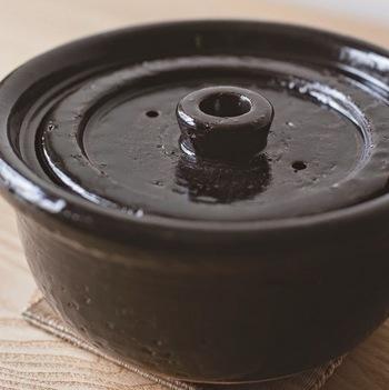 内蓋が付いているので、ご飯の吹きこぼれも防いでくれますよ。