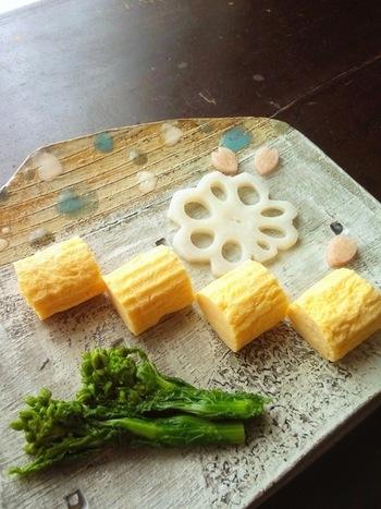子どもが好きなおかずといえば、だれでも思いつくのが「卵焼き」ですよね!優しくて柔らかい、そんなだし巻き卵の作り方をマスターしましょう!