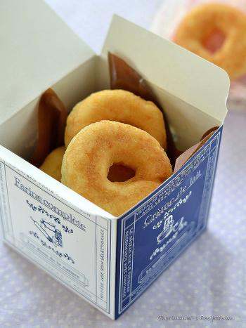 ふわふわもちもち食感のおからドーナツ。こちらでは、おからと豆乳を使用したレシピが紹介されています。 いつものドーナツがヘルシースイーツに大変身☆