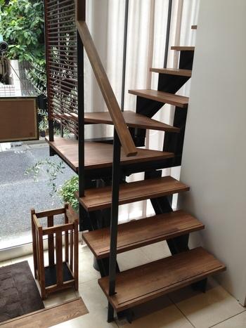 3階建ての1軒家で1階は厨房のみで、客席は2階と3階。