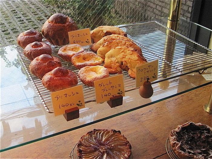 ヴィエノワズリー(菓子パン)も販売されているので、長時間持ち運ぶ際はパンをお土産として選ぶのもいいですよね。
