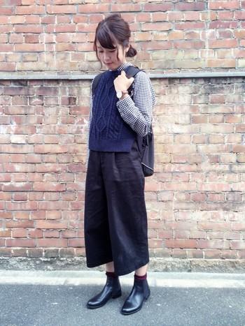 靴下と合わせたり、タイツと合わせたり、もちろんワイドパンツにも合うサイドゴアブーツで冬を満喫してくださいね。