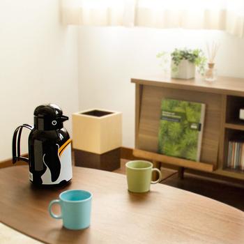 愛嬌たっぷりのペンギン。お友達が来た時、そのままお茶と一緒にだすことができます。このペンギンのおかげで会話もはずみそうですね。