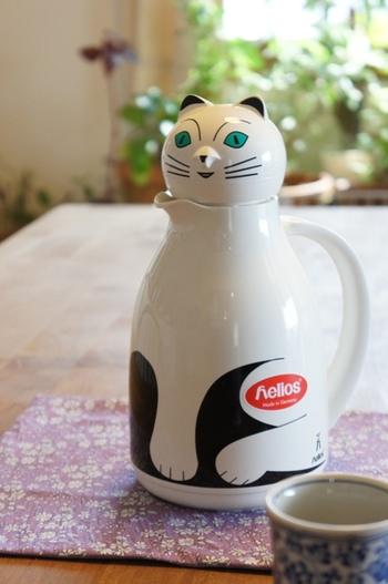 ヘリオス魔法瓶のサーモキャットです。こんなに可愛い魔法瓶、なかなかないですよね♪
