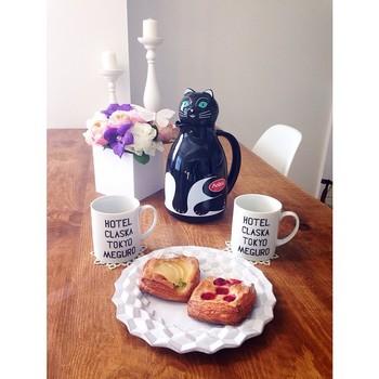 これからお茶がおいしい季節がやってきます。ヘリオスの魔法瓶で、毎日のティータイムをもっと楽しくしませんか?お家で楽しむ他にも持ち歩いたりできる魔法瓶、是非チェックしてみてくださいね!