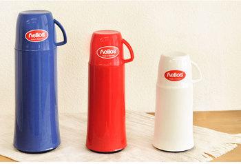 エレガンスシリーズは、250ml、500ml、750mlと、目的に合わせて選べる3種類。シンプルで美しい形状が特徴的な魔法瓶です。