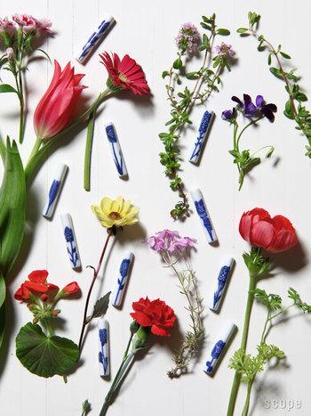 こんなに美しい箸置は見たことがない!色々なお花をデザインしたscope別注の箸置。それぞれのお花に花言葉があるので、来客時に使えば話題にも花が咲きそうです❤