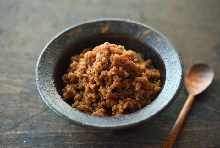 しっかり煮詰めて、そぼろに味をしみこませて。王道のレシピはしっかり抑えておきたいですね。