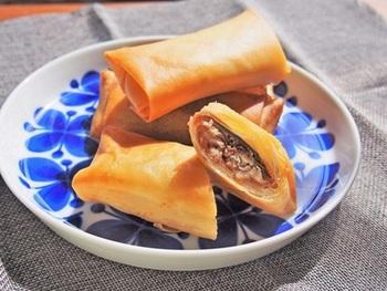 隠し味にリンゴジャムを使った秋刀魚の春巻きです。リンゴジャムの甘酸っぱさが絶妙に効いていてとっても美味しいですよ。ジャムはスィーツだけでなくおかずにも使えて便利!