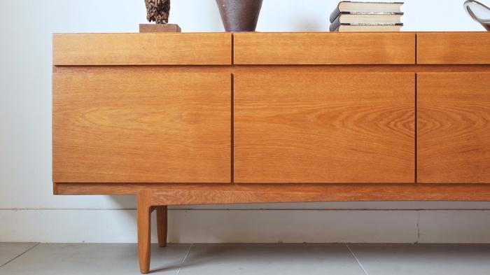 Faaup Furnitureのヴィンテージサイドボード。Faaup Furnitureはデンマークの有名家具ブランドです。