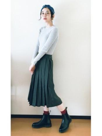 ロング丈のアウターやスカートが流行っている今、バランスのいいサイドゴアブーツはコーディネートに欠かせない存在です。