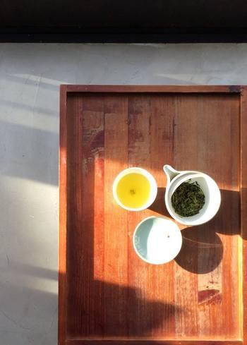 品種改良を重ねて作られた茶葉にはない、在来種ならではの素朴で大地の豊かさを感じられる味わいの煎茶。思わず深呼吸したくなります。
