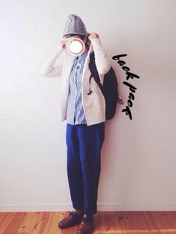 こちらもケーブル編みです。「mature ha.(マチュアーハ)」の帽子はぽっこりしていて可愛いですね♪カジュアルなスタイルにかぶるだけで個性が出ます。
