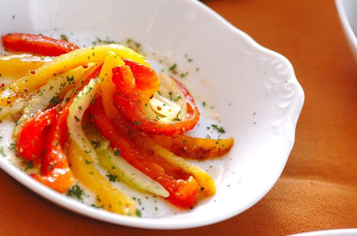 お酢を使った料理ではマリネもオススメ。たこやいか、サーモンなどの疲れに効く魚介とも良く合います。