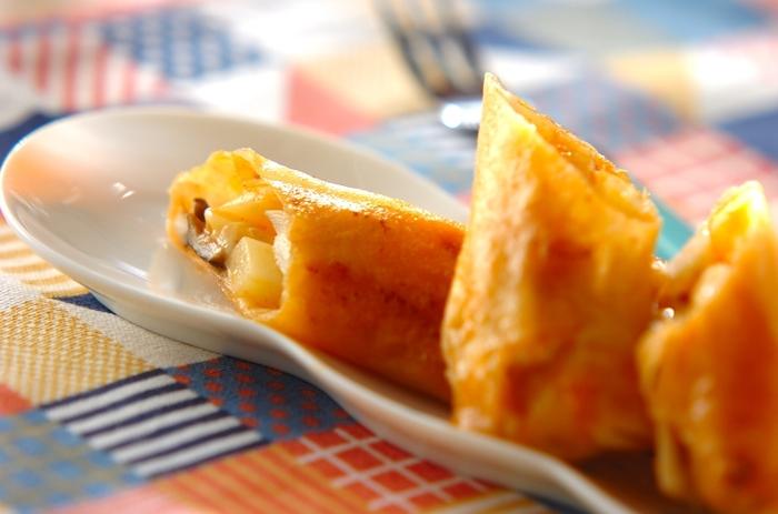 まるでグラタンのような、とろとろの春巻きです。これなら洋食にもピッタリです♪パイのような感覚で、あったかいうちに食べたいです。