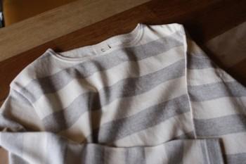 オーダーを受けてから生地の編み立てを開始する「完全受注生産」なので、出来上がりまで3~4週間ほどかかります。一着一着ていねいにつくられているので、洗濯を繰り返しても型崩れしにくく丈夫です。出来合いのものにはない独特の風合いとオリジナルのデザインに愛着が湧きそうです♪