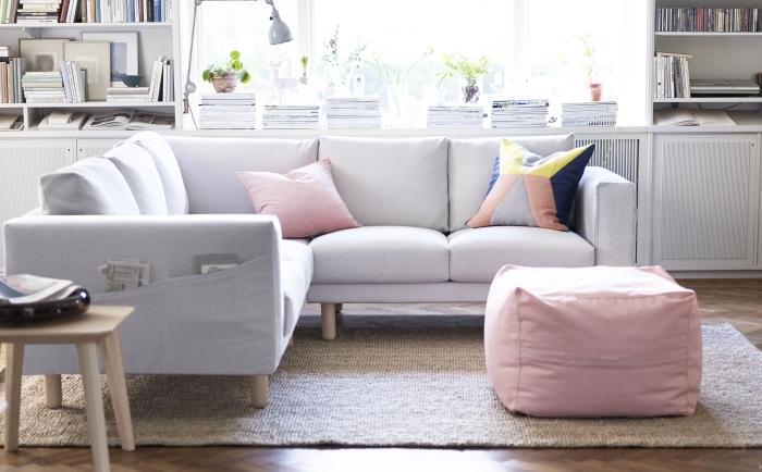 ラグやコーナーに合わせてU字形にも出来る上、寝椅子をプラスしてよりリラックスなんてことも可能です。