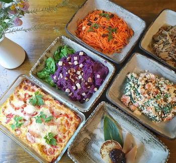 米田さんのカフェで提供される四季の旬の食材を使ったお料理。自然の恵みを体に取り入れることは、当たり前だけれど、ひとにとって、大切なことなのだと再確認させられます。